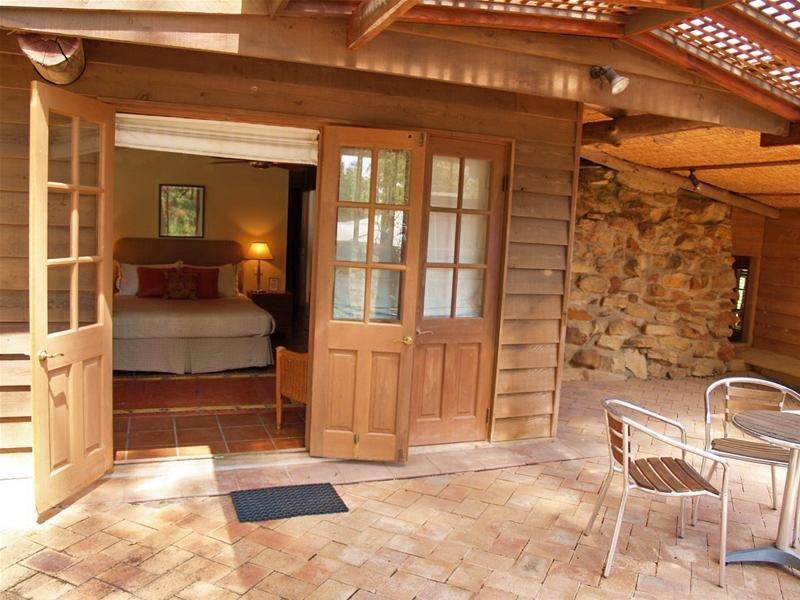 Bandusia-room-9-veranda
