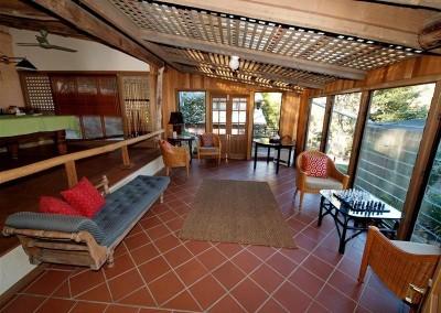 Bandusia Lounge